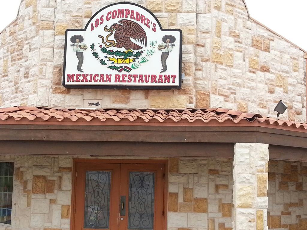 Los Compadre`s Mexican Restaurant